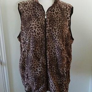 NWT Plus Fleece Vest - Leopard Print